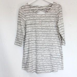 J Jill pure Fit Twist Back Tunic Top Small Shirt